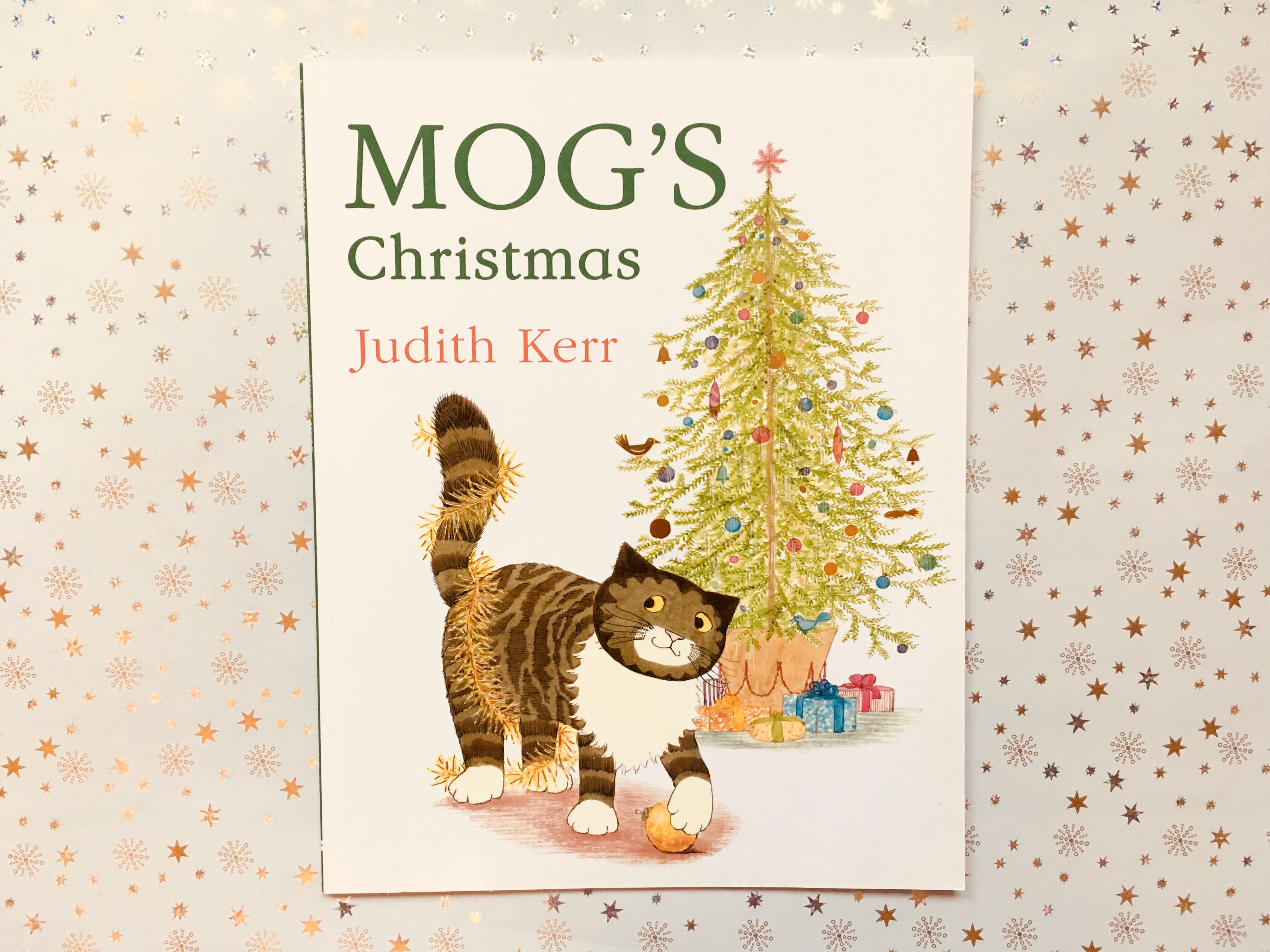 2 mogs christmas by judith kerr 699 paperback harpercollins childrens - Best Christmas Stories
